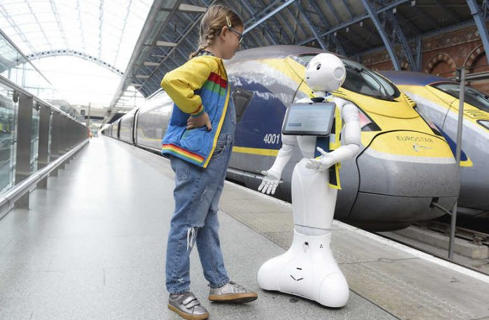 Eurostar [break]Pepper the AI Robot